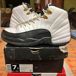 """Taxis 12 size """"7""""y"""